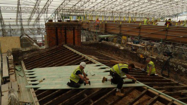 Les questions à se poser avant d'entreprendre une rénovation de toiture