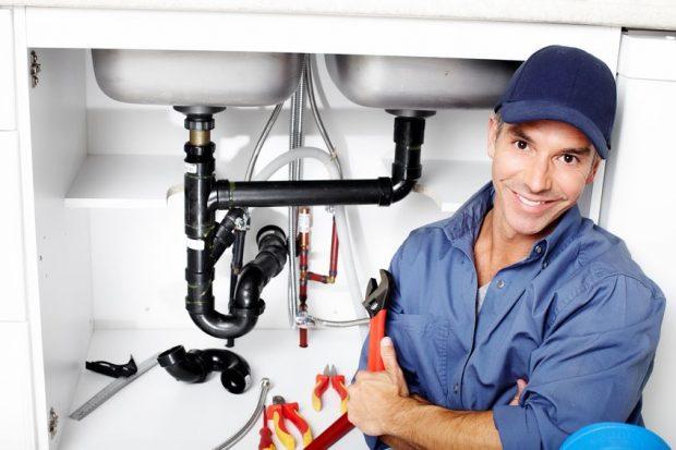 Une équipe de professionnels et d'artisans qualifiés à votre disposition pour tout dépannage en plomberie