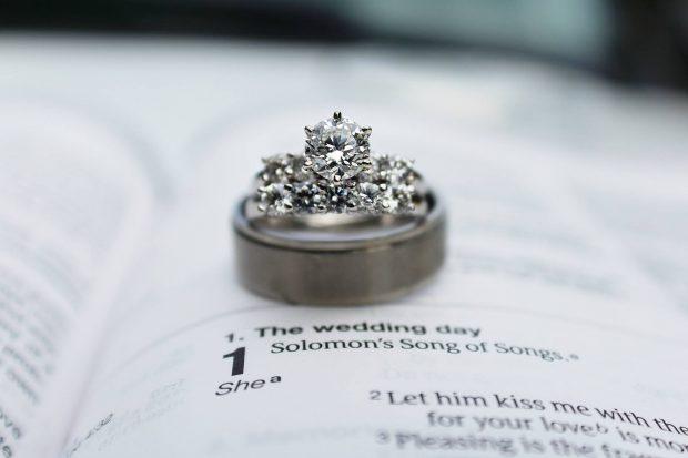 Les alliances de mariage, quels sont les différents types ?