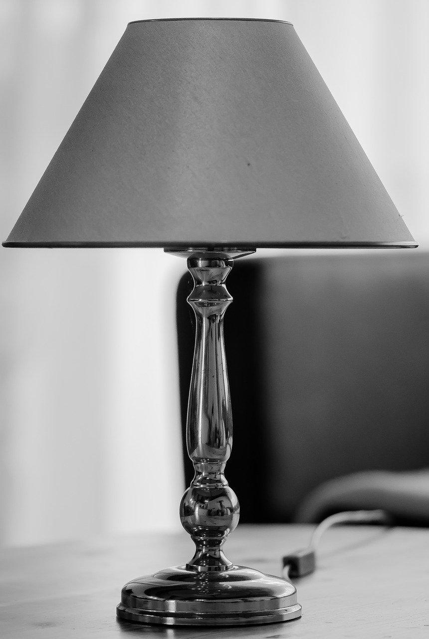Pourquoi craquer pour un lampadaire pour éclairer votre intérieur ?